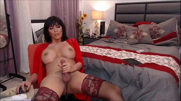 Incredibly Beautiful Shemale Masturbating to Orgasm – Cam Show