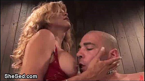 Joanna fucks bondaged gay guy
