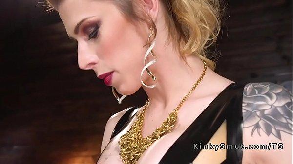 Tranny mistress in latex anal fucks male